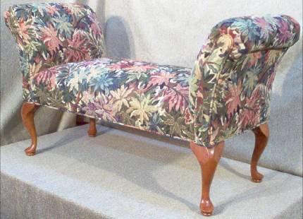 bench-2000x1446
